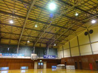 体育館天井照明DSC01887